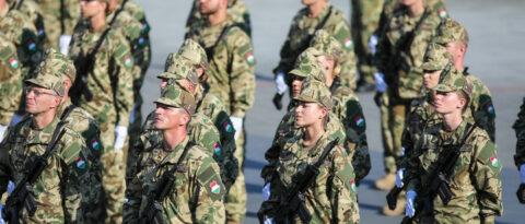 Katonai toborzó